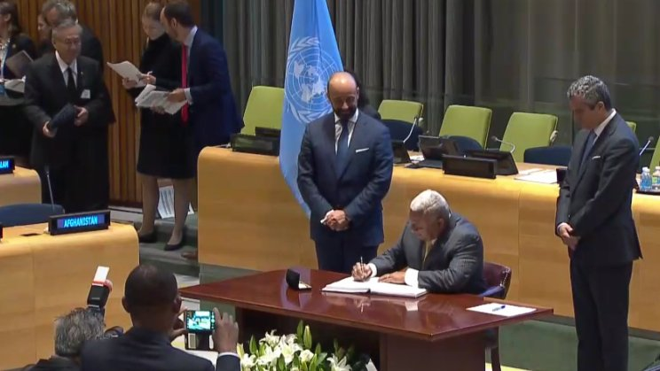 Holy See signs and ratifies the Nuclear Ban Treaty