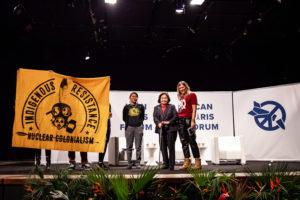 Setsuko Thurlow & Leona Morgan tijdens het ICAN Paris Forum
